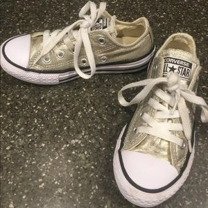 gold girls converse low top sneakers size 12 EUC